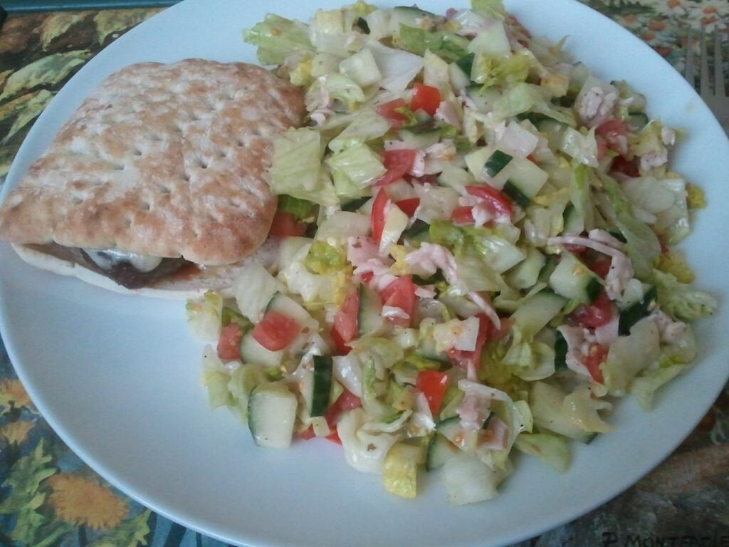 Fasting day burger for 5:2 diet